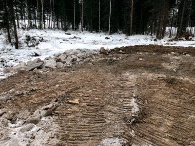 Metsäautotien ja kääntöpaikan teko
