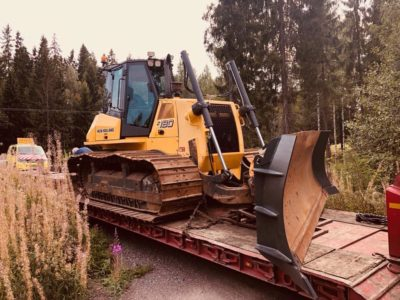 New Holland puskutraktori